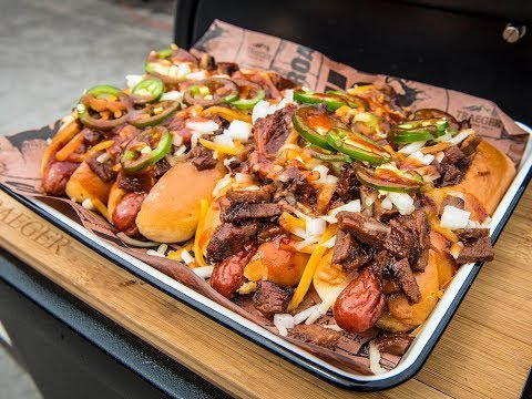 BBQ Brisket Hot Dog   Traeger Wood Pellet Grills
