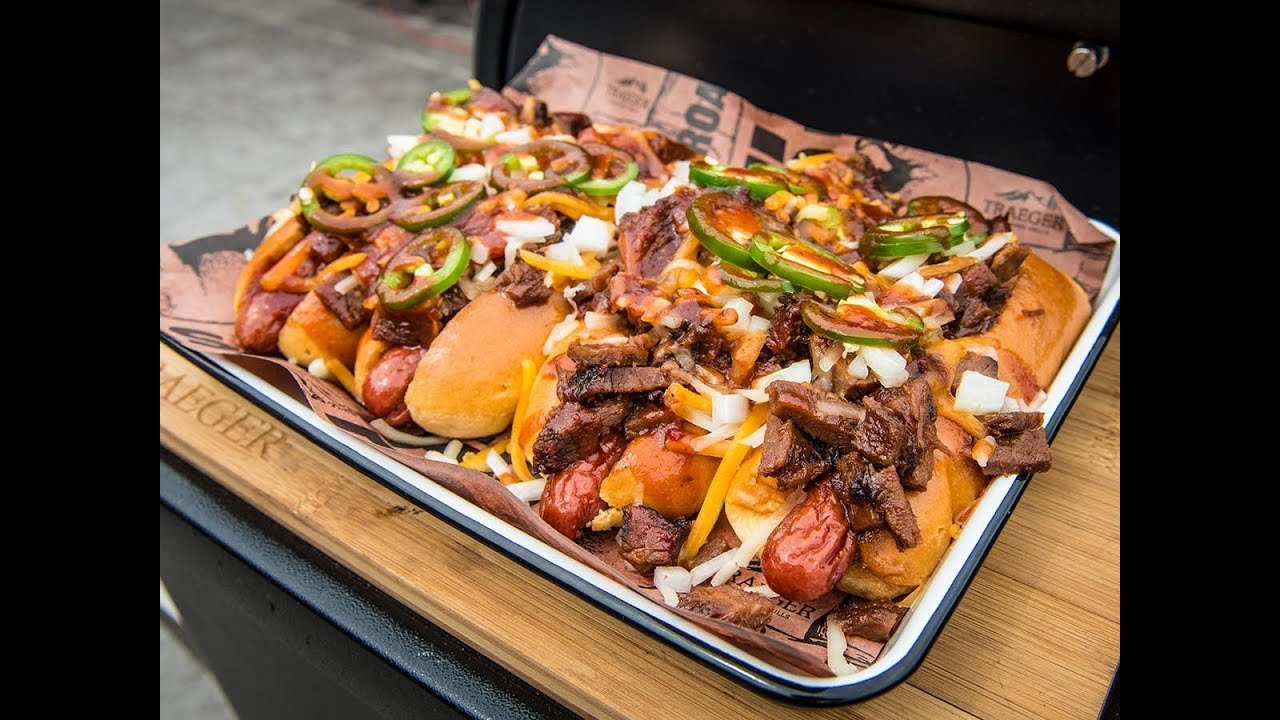 BBQ Brisket Hot Dog | Traeger Wood Pellet Grills - YouTube