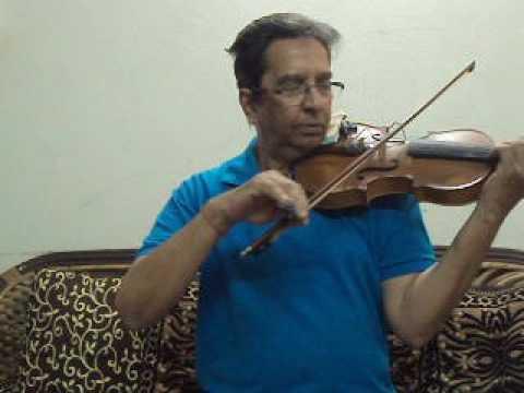 Surresh Gupta ;-Violin;-Mera Dil Ye Pukare Aaja ;-Film;-Nagin