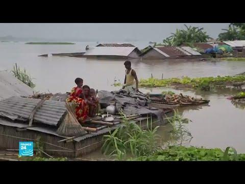 آلاف المشردين في الهند ونيبال وبنغلادش بعد فيضانات ضربت مساحات شاسعة  - 17:04-2019 / 7 / 15