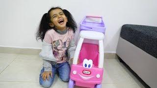 فآجأت لمار بسيارة غريبه شوفوا ردة فعلها !!
