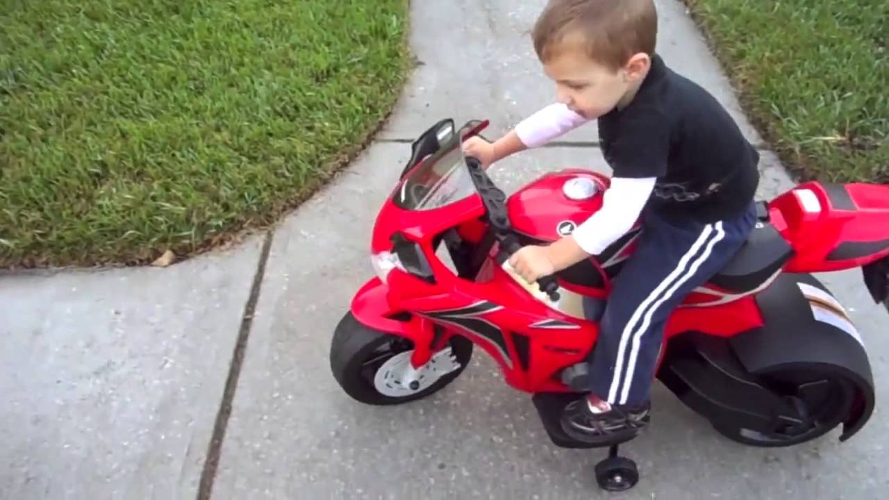 Motorcycle Toys For Boys : Honda cbr motorcycle ride on toys youtube