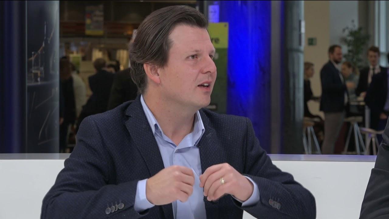 Tudor Ionescu în studioul TV VoxBox al Parlamentului European (13/11/2019)