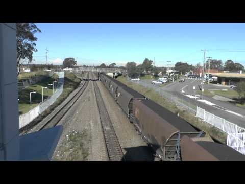 BERESFIELD NEW SOUTH WALES 3 TRAINS IN THREE AND A HALF MINUTES