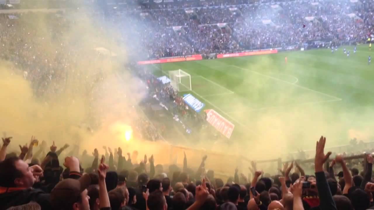 Ultras / Pyro / 143 Revier - Derby - Schalke 04 vs. BVB Borussia Dortmund (26.10.2013)