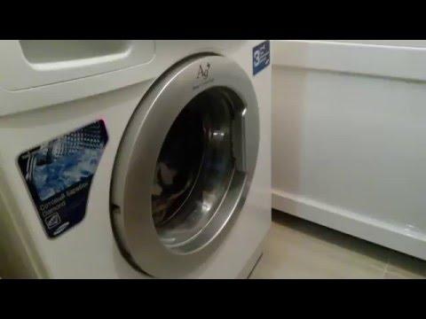 Стиральная машина не сливает воду. Стиральная машина остановилась с водой. Как правильно слить воду.
