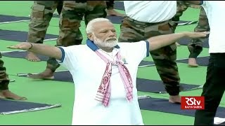 PM Modi practices Yoga on International Day for Yoga 2019