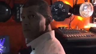 Marokkaan zingt met passie Andre Hazes | Kleine Jongen