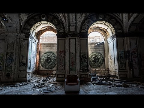 I WASN'T ALONE | Lee Plaza | Abandoned Detroit High-Rise