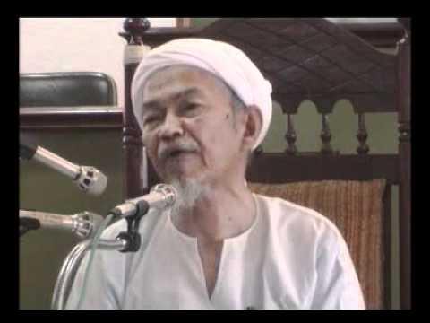 tuan guru haji nik aziz nik Tuan guru nik aziz menteri besar yang mencintai ilmu tuan guru dato' nik abdul aziz nik mat dilahirkan dalam sebuah keluarga yang sangat kuat berpegang kepada ajaran islam di kampung pulau melaka, kota bharu, kelantan pada tahun 1931.