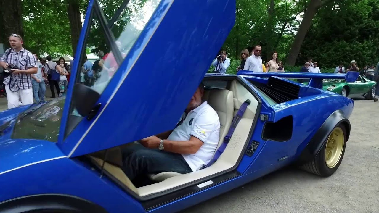 Parking Up Revving Lamborghini Lp 400 Countach Walter Wolf Edition Speciale Youtube