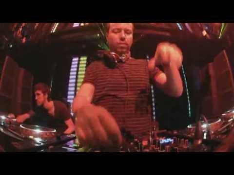 Sander van Doorn - Neon (Ummet Ozcan Remix): Sander van Doorn Live @ Marquee Las Vegas