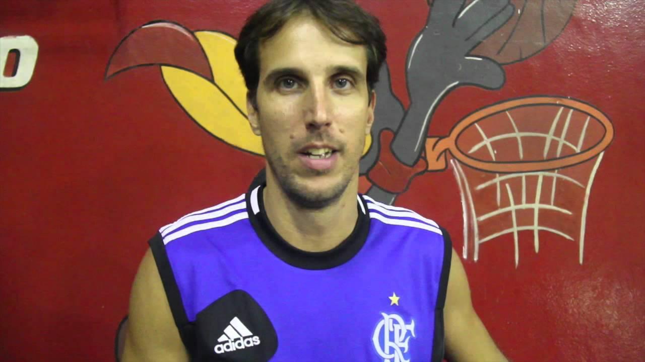 Marcelinho - campeão do desafio de 3 pontos no jogo das estrelas tem um recado pra você!