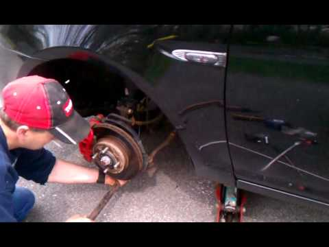 Replacing Front Lower Ball Joint On Hyundai Accent Youtube