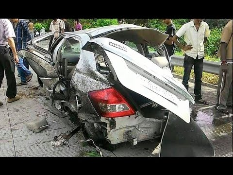 Latest Car Accident Of Maruti Suzuki Dzire In India Road Crash