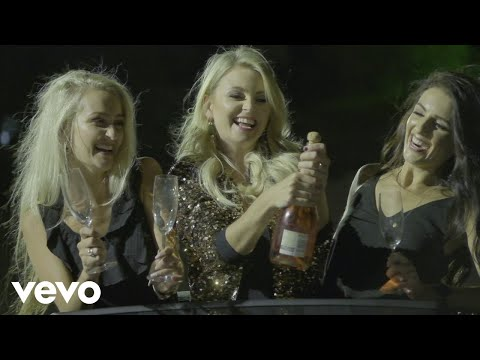 Leah – Girls Night