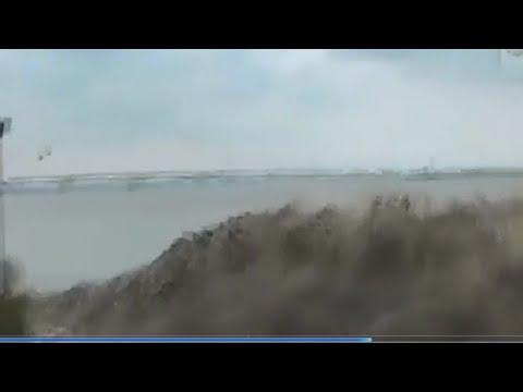 衝撃】川を逆流する潮津波が怖す...