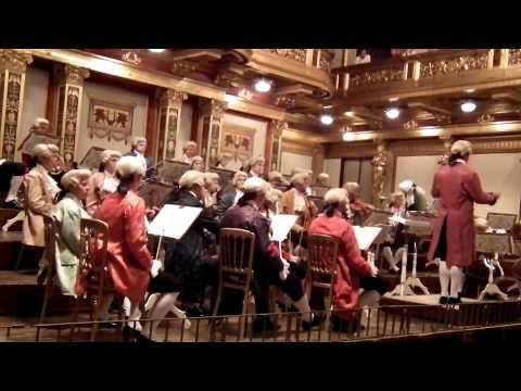 Mozart concert in historical costumes at Wiener Musikverein in Vienna / Part 1