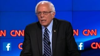 (Democratic Debate) Bernie Sanders explains Democratic Socialism