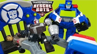 TRANSFORMERS RESCUE BOT CHASE POLICE TRAILER CAPTURE CLAW TAKES DR MOROCCO TO JAIL