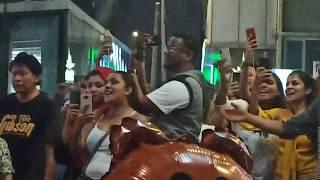 Ramai tourist Mauritius berhibur di Sentuhan Buskers