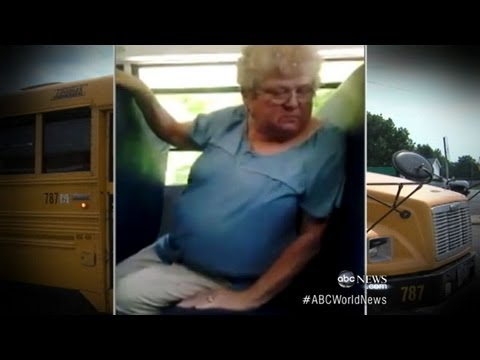 Bus Monitor Bullied by Students Receives Apology