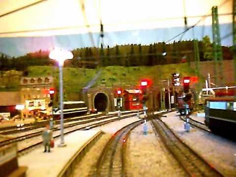 Märklin H0 model railway cab ride: E 41 Regio through Mauertal