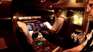 Take OFF on cockpit, Boeing 747-428 Air France, LONG VERSION