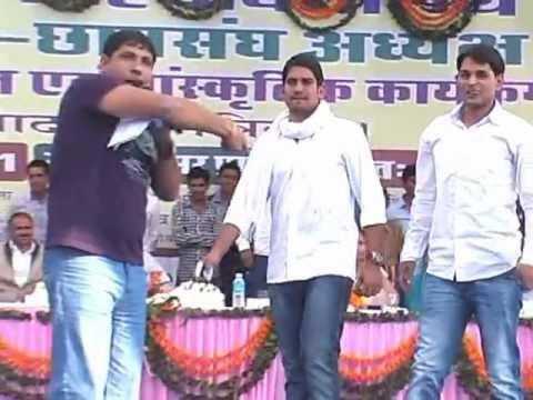 Fauji karamveer compose this song on Praveen kaler(ex.president Uni.Raj.jaipur)..jat.. we r jat..