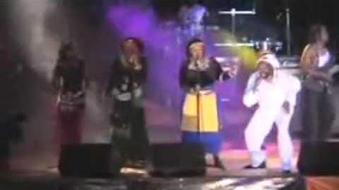 Lucky Dube Ding Ding Licky Licky Bong Live in Uganda, 2003