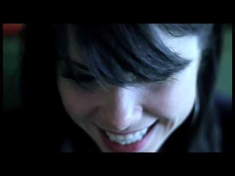 Carly Rae Jepsen - Tiny Little Bows