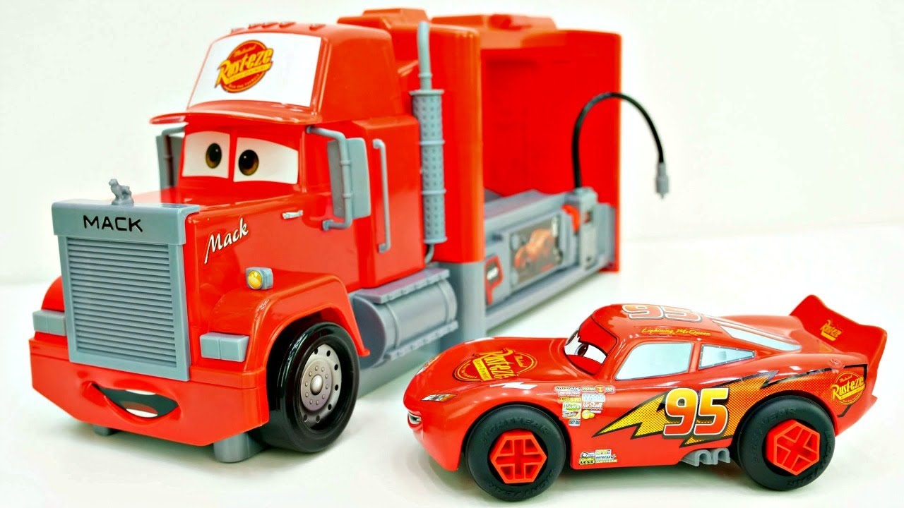 Die spielzeugautos aus cars wir packen mack truck