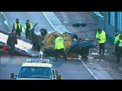 Woman killed in horrific crash on busy Toronto highway