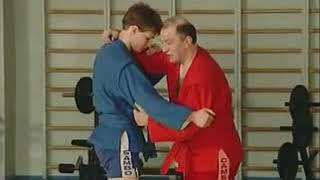 Уроки самбо Гончаров 06   Задняя подножка