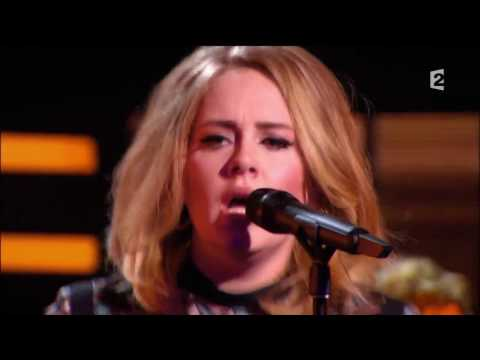Adele   Rolling In The Deep Live at Le Grand Show 2015