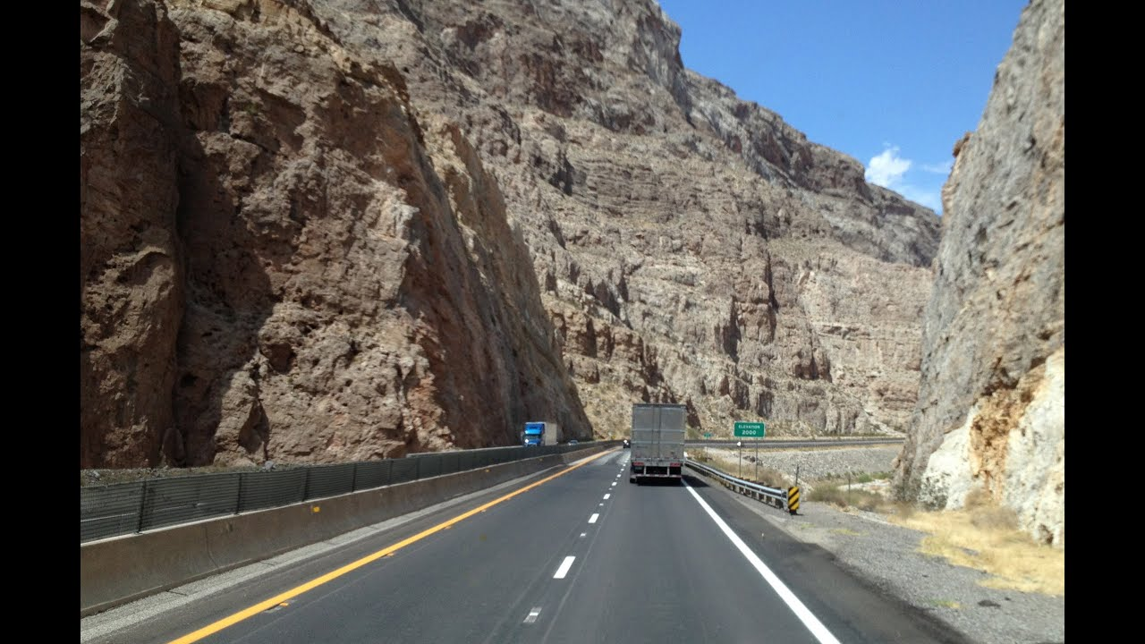 Man killed in Virgin River Gorge crash identified