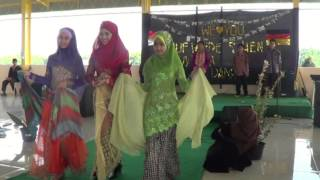 Fashion Show from Al Muslim JHS