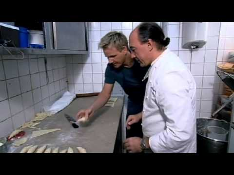Gordon Makes the Perfect Croissant - Gordon Ramsay with Foxy Games