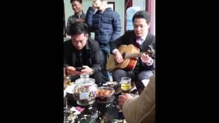 Thế Hưng vs Guitar Xuân Hưởng cover Mái Đình Làng Biển, phiêu luôn