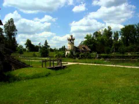 Marie antoinette farm in Versailles