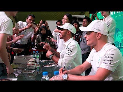 Lewis & Valtteri Meet the Malaysian Fans!