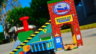 Thomas And Friends Brendam Bay Cargo Loader 2014 Wooden Railway Toy Train Review By Fisher Price