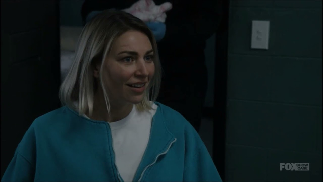 Download Wentworth - Season 8 Episode 15 - Strip search for items