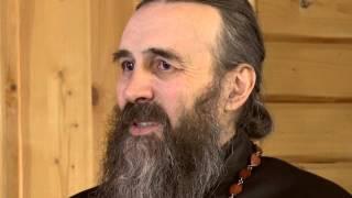 На вопросы мирян ответил отец А.Захаров.