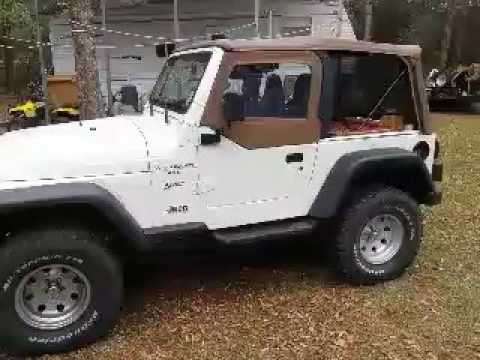changing the skins on a ty 2001 jeep wrangler soft top half doors youtube. Black Bedroom Furniture Sets. Home Design Ideas