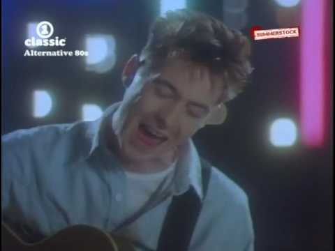 Клип Aztec Camera - How Men Are