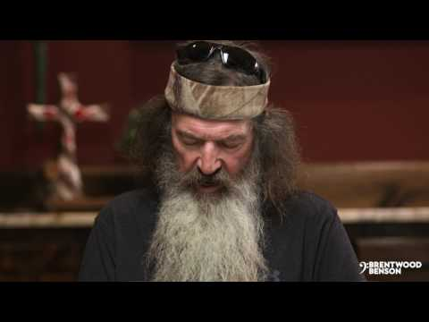 World Premiere preview of The Crimson Gospel featuring the Robertson Family from Duck Commander