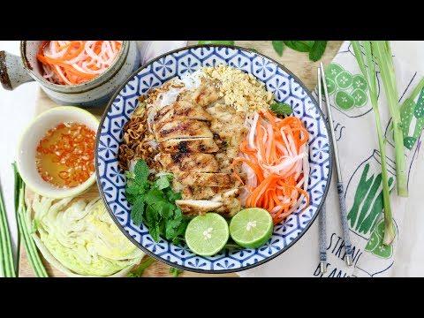 Vietnamese Noodle Salad bún gà nướng สลัดเวียดนาม Episode 160