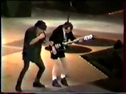 AC/DC - Live Stade de France, Paris, France (June 22 - 2001) [Stage Right] Full Concert [Part 1]