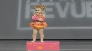 JOJO SIWA'S FIRST DANCE SOLO *ONLY 2 YEARS OLD!!